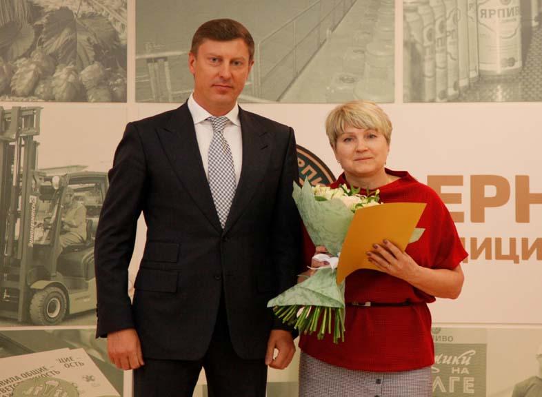 Дмитрий Степаненко посетил Пивзавод Ярпиво и поздравил сотрудников с 45 летием предприятия