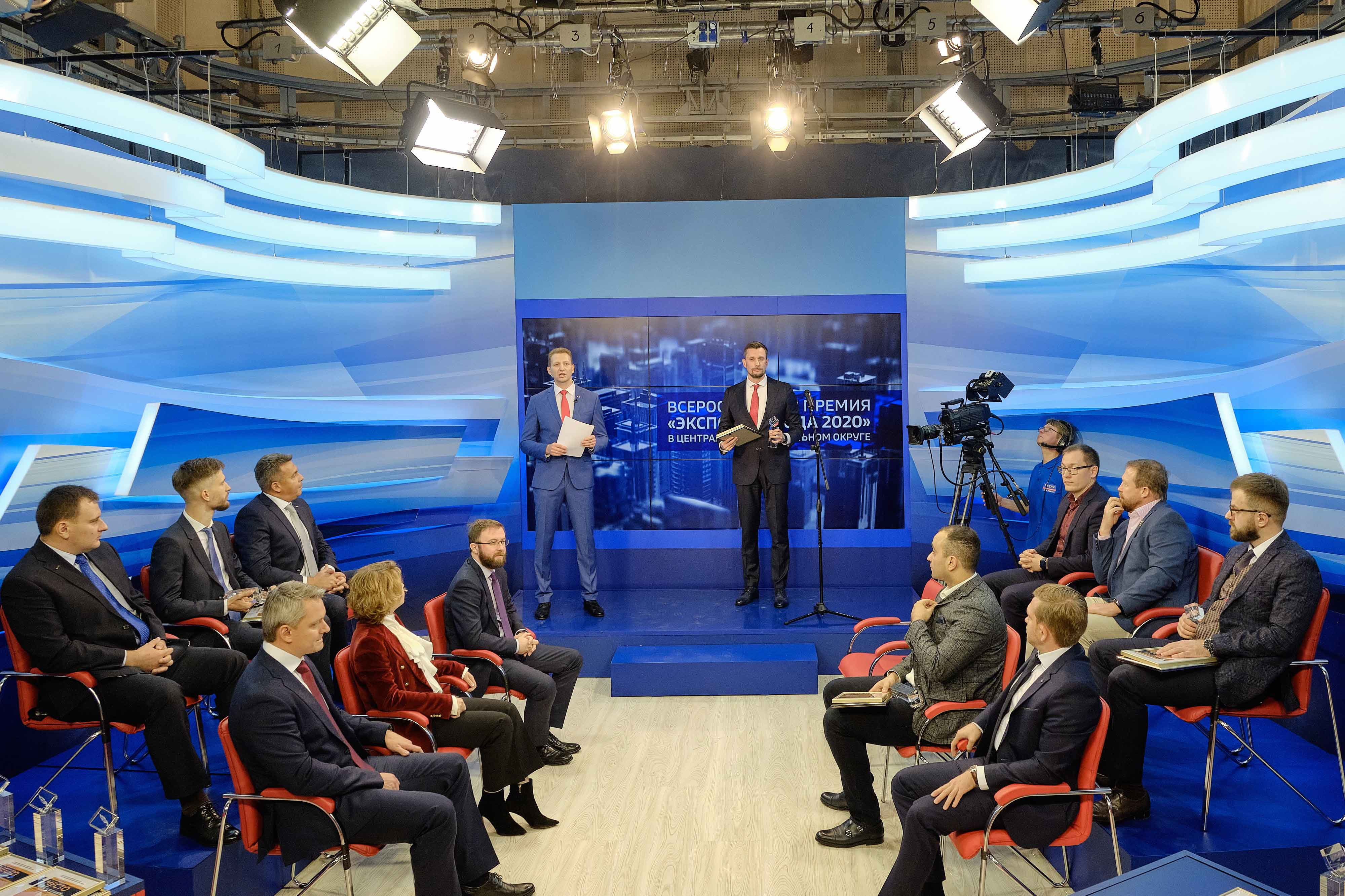 В телевизионной студии Вестей вручили Всероссийскую премию «Экспортёр года»
