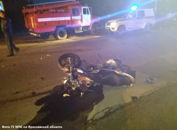 В Угличе автомобиль и мотоцикл не поделили дорогу
