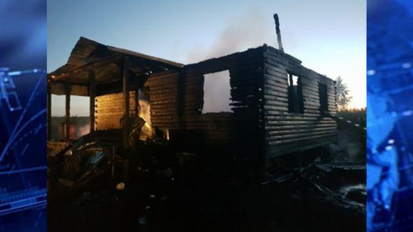 Пожар в деревне Ананьино: 12-летний подросток погиб, мать в реанимации, дом сгорел