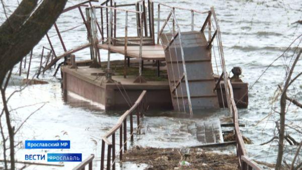 К берегу не пристать: в Ярославской области паводок вмешался в навигацию
