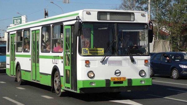Ярославский общественный транспорт переходит на расписание выходного дня