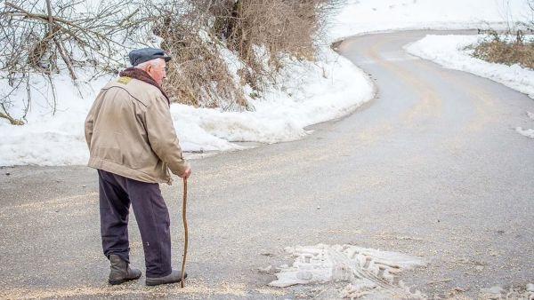 Ярославцам старше 65 лет вновь продлили режим самоизоляции