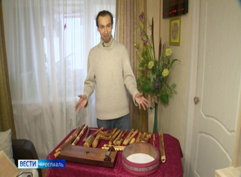 Мастер-самоучка Юрий Крипак изготавливает дома народные инструменты