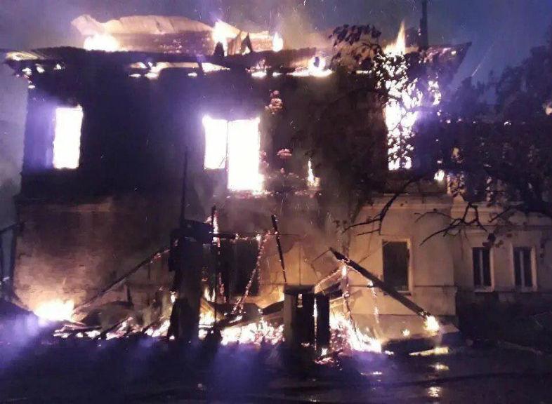 Пожар в Ростове – полная картина трагедии, унесшей жизни 7 человек