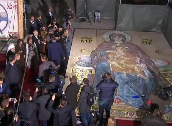 Художник Николай Мухин представил Владимиру Путину образ Христа, который будет размещен в храме