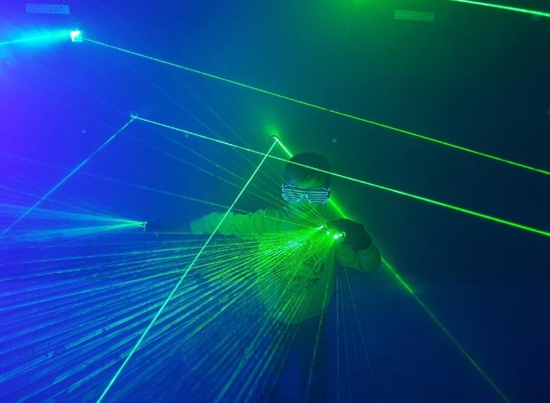 В Ярославле открылась интерактивная выставка роботов и космических технологий «Вперёд в космос»