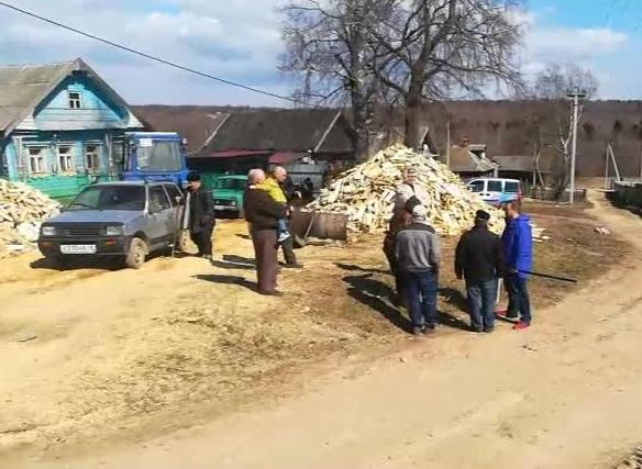 Жители деревни Романка вынуждены ходить за хлебом 16 километров
