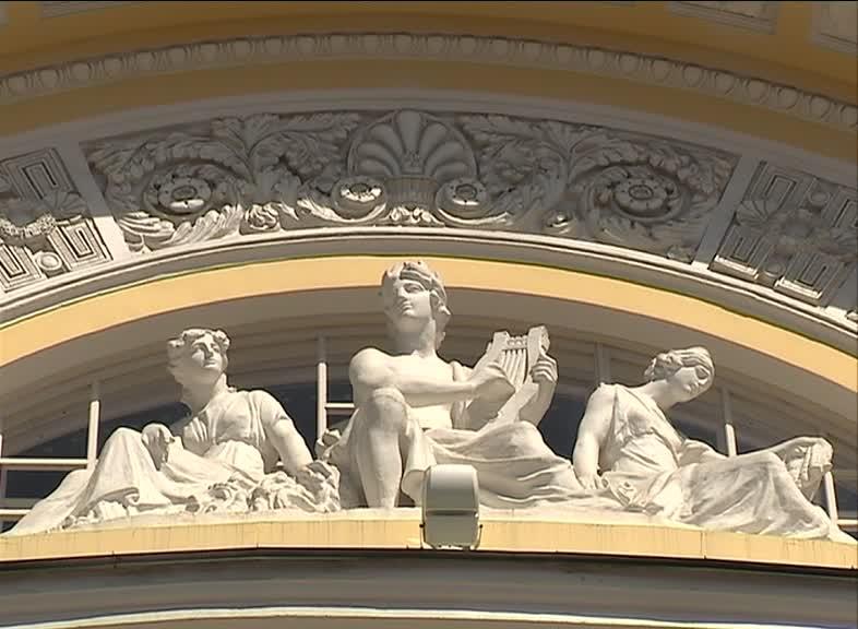 На пост худрука Волковского театра претендуют 9 человек